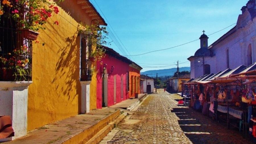 Ocho razones para visitar la mágica ciudad de Suchitoto