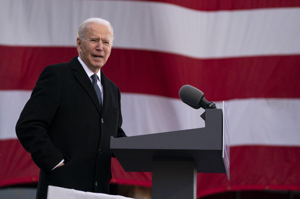 Joe Biden es juramentado como nuevo presidente de EEUU.