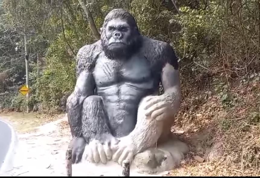 El parque zoológico de roca en el municipio de Panchimalco