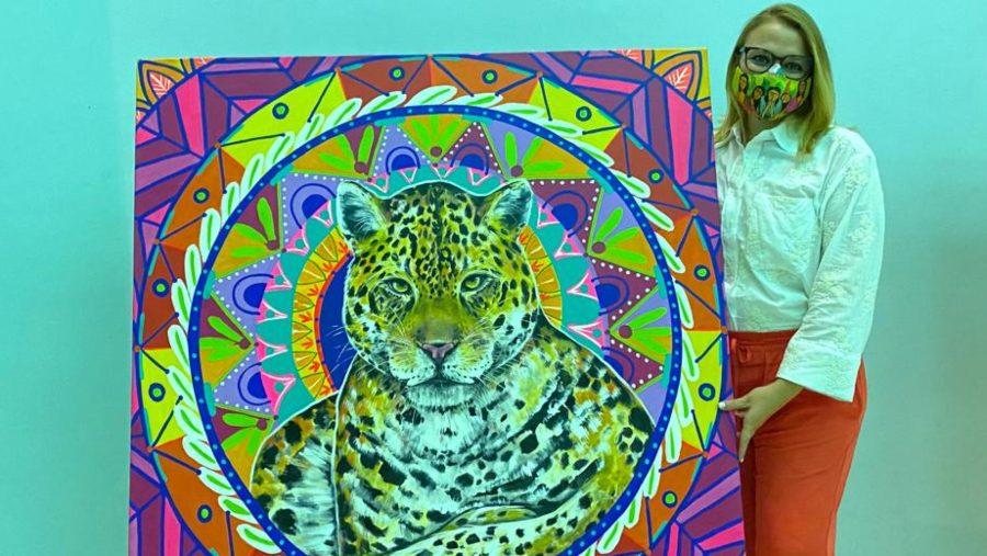 El colorido universo pictórico de Cynthia Serrano